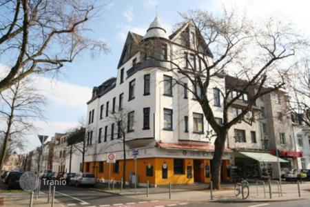 Commercial property for sale in North Rhine-Westphalia. Multi-functional hotel in the center of g-. Noys Furth