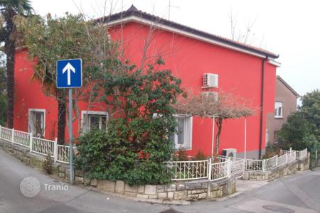 Coastal houses for sale in Slovenia. Townhome - Koper, Obalno-Cabinet, Slovenia