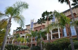 Luxury penthouse with panoramic views of the sea and mountains, Benalmadena, Costa del Sol, Spain for 923,000 €