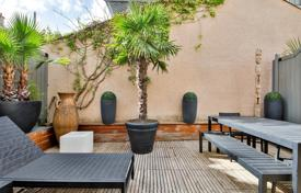 Property for sale in Boulogne-Billancourt. Boulogne North – A 135 duplex apartment with a terrace