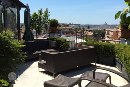 Luxury penthouses for sale in Italy. Luxury attic on Via Veneto