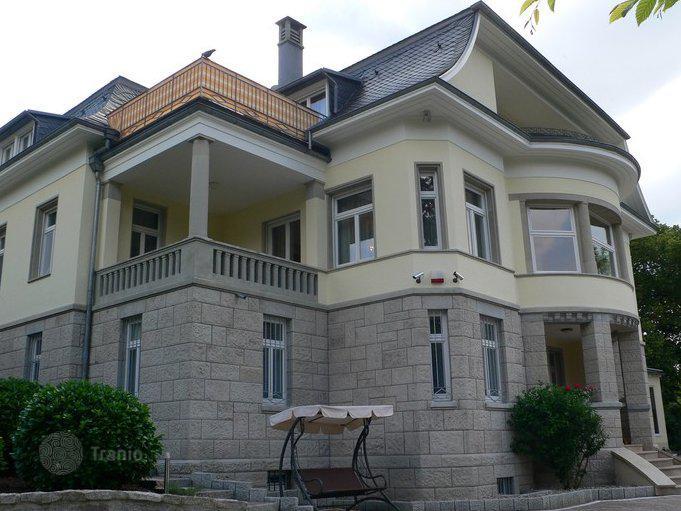 listing 1783955 in baden baden baden wurttemberg germany villa tranio. Black Bedroom Furniture Sets. Home Design Ideas