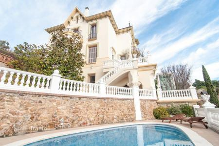 Luxury 6 bedroom houses for sale in Barcelona. Villa – Barcelona, Catalonia, Spain