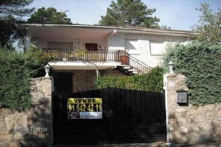 Cheap 3 bedroom houses for sale in Madrid. Villa - Madrid (city), Madrid, Spain