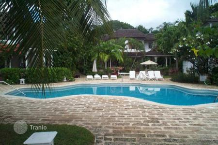 Villas and houses for rent with swimming pools in Barbados. Villa – St Peter, Barbados