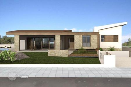 Houses with pools for sale in Kornos. Five Bedroom Detached House