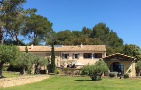 Property for sale in Languedoc - Roussillon. Close to Uzès — Wonderful property