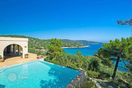 Coastal houses for sale in France. Beautiful villa only 100 m from the beach in Ramatuelle, Cote d`Azur, France