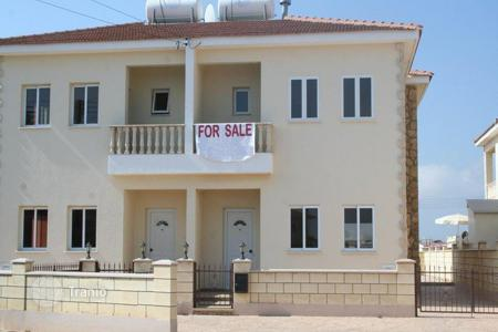 Coastal townhouses for sale in Famagusta. Lovely 3 Bedroom Semi-Detached House in Paralimni