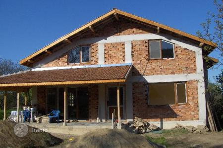 3 bedroom houses for sale in Bulgaria. Detached house - Gabrovo, Bulgaria