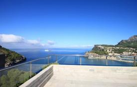 4 bedroom houses for sale in Port de Sóller. Stunning villa with panoramic views of the sea on the island of Mallorca in Port de Sóller
