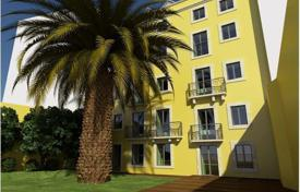 Luxury apartments for sale in Lisbon (city). 6-bedroom flat in a historical house in Lisbon