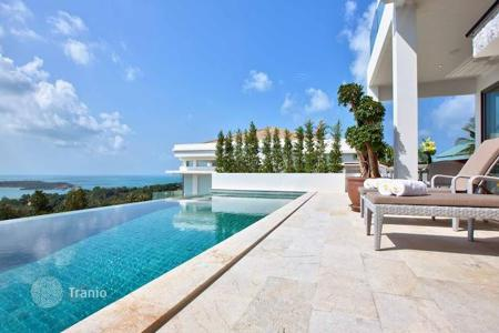 4 bedroom villas and houses to rent in Surat Thani. Luxury villa overlooking the sea in 5 minutes from the beach in Koh Samui, Thailand