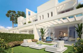 Townhouses for sale in Costa del Sol. Unique Brand New Marvellous Modern Townhouse, El Romeral, Calahonda, Mijas Costa