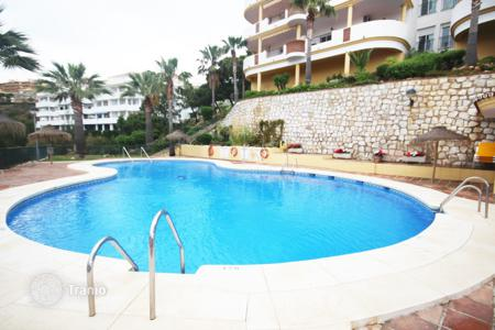 Cheap apartments with pools for sale in Mijas. Apartment for sale in Calahonda, Mijas Costa