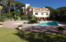 Houses with pools for sale in Cabrils. Villa witj spectacular waterfall