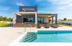 Houses with pools for sale in Istria County. Villa – Galižana, Istria County, Croatia