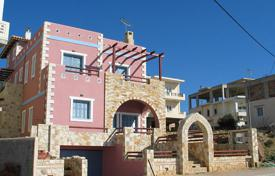 Spacious villa with a plot, a parking, balconies and sea views, Chania, Greece for 590,000 €