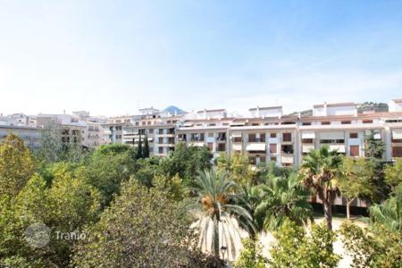 Cheap 4 bedroom apartments for sale in Alicante. Apartment – Javea (Xabia), Valencia, Spain
