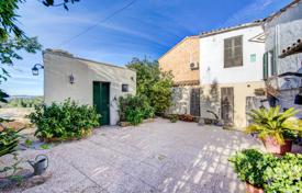 1 bedroom houses for sale in Spain. House with two entrances and a patio in a quiet street, Buger, Spain