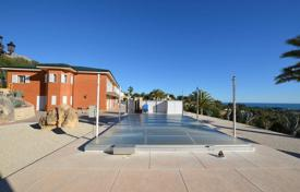 Luxury villas and houses with pools for sale in Costa Blanca. Elite villa with a large plot of land in Altea, Costa Blanca, Spain