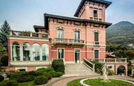 Prestigious four-storey villa overlooking the Lake, the city, and the mountains, Cernobbio, Italy for 9,000,000 €