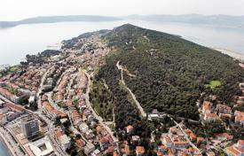 Coastal development land for sale in Split-Dalmatia County. Development land – Split, Croatia