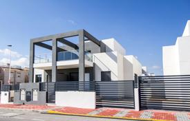 Residential for sale in Valencia. Modern townhouse in a residential complex with a communal pool and a garden, near the beach, Aguas Nuevas, Spain