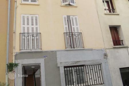 Property for sale in Marseille. Investment property