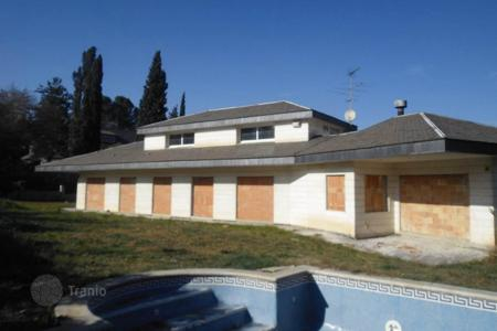 Foreclosed 5 bedroom houses for sale in Spain. Villa – Sant Cugat del Vallès, Catalonia, Spain