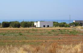 Coastal residential for sale in Pescoluse. Two cozy villas with spacious plots, near the beach, Pescoluse, Lecce, Apulia, Italy