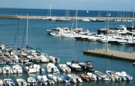 Residential for sale in Porto Ercole. Apartment – Porto Ercole, Tuscany, Italy