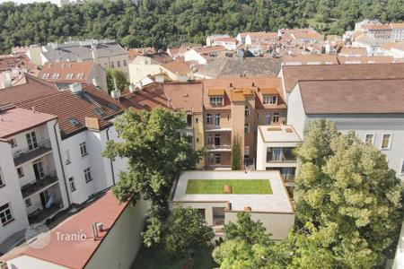 Off-plan property for sale in Prague. Office space-studio, two-storey atelier in a newly build residential house located in the central part of Prague, Žižkov