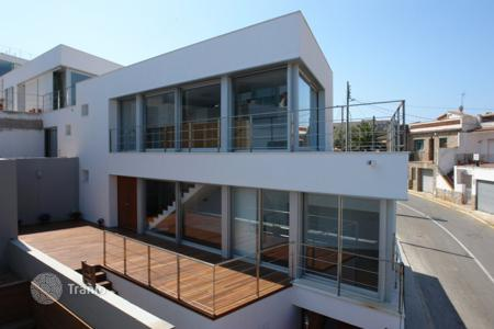Townhouses for sale in Begur. Terraced house – Begur, Catalonia, Spain