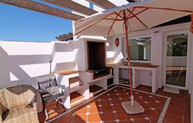 Luxury 3 bedroom apartments for sale in Costa del Sol. Beachfront duplex with unbeatable views