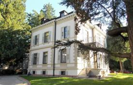 Historic classical mansion with a guest house and garages in the center of Baden-Baden, Germany for 5,500,000 €