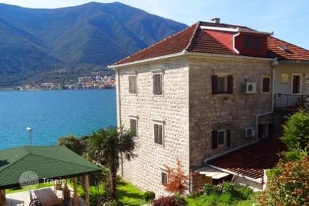3 bedroom houses for sale in Kindness. Stone villa on the sea front in Dobrota
