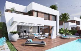 Houses for sale in Costa Blanca. Villa with private pool and panoramic views of Benidorm