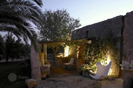 Residential for sale in Apulia. Villa with a spacious territory, Santa Maria di Leuca, Italy