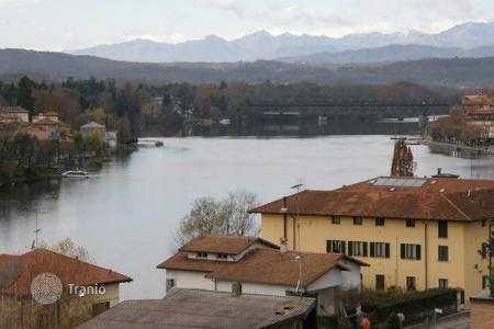 Apartments for sale in Sesto Calende. Apartment – Sesto Calende, Lombardy, Italy