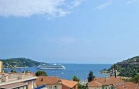 Renovated penthouse with balcony and terrace, in Villefranche-sur-Mer, Cote d`Azur, France for 719,000 €