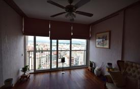 Two-level penthouse with panoramic views of the city and the mountains, Girona, Spain for 670,000 €