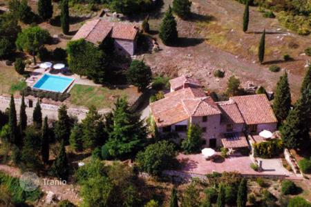 Luxury property for sale in Castellina In Chianti. Villa in Siena, Italy