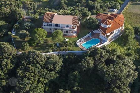 Property for sale in Rab. Villa Beautiful villa with swimming pool!