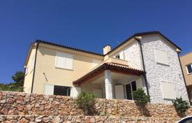 Houses with pools by the sea for sale in Sibenik-Knin. New built house with the pool in Murter