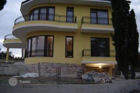 Houses with pools for sale in Varna Province. Townhome - Varna Province, Bulgaria