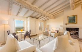 Residential for sale in Tourrettes-sur-Loup. Close to Saint-Paul de Vence — Charming village house