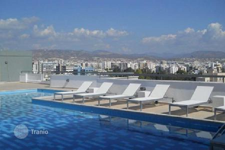 Apartments with pools for sale in Limassol. Furnished studio with a solarium and a view of the sea, Limassol, Cyprus. Guaranteed rental income of 4%!