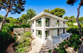 Luxury residential for sale in Roquebrune — Cap Martin. Stunning contemporary style property with sea view