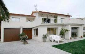 Residential for sale in Xalets de Salou. Modern luxury villa, Salou, Spain
